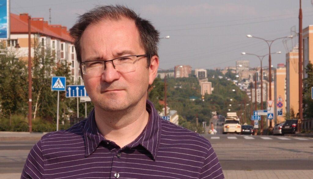 Рамиль Замдыханов — о скандально эпизоде с беженцами из ДНР в сериале «Контакт»